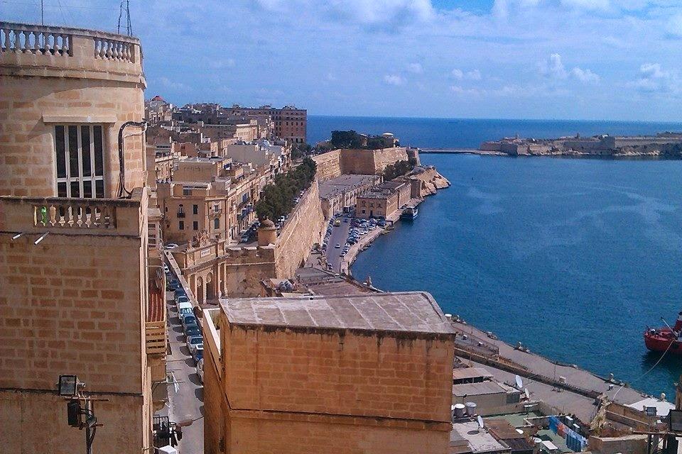 """<img src Valletta2014.jpg"""" lt="""" http://dailytravelexperience.blogspot.com//"""" />"""