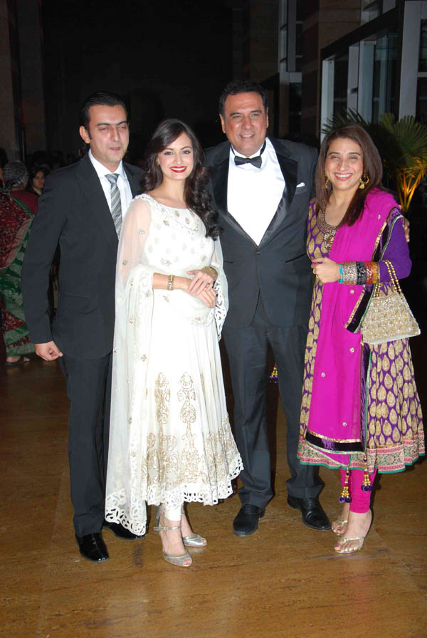 Ritesh Amp Genelia Wedding Reception Images