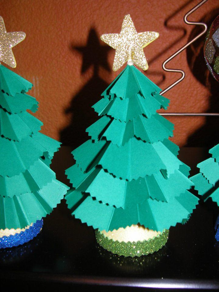 Arbolito navideo de papel enviado por lectora del blog Aprender