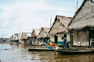 Siete días en barco de Iquitos a Manaos