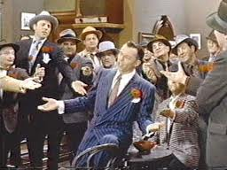 SInatra singing Guys and Dolls 1955 movieloversreviews.blogspot.com