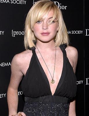 Lindsay Lohan American Actress Wallpaper-800x600