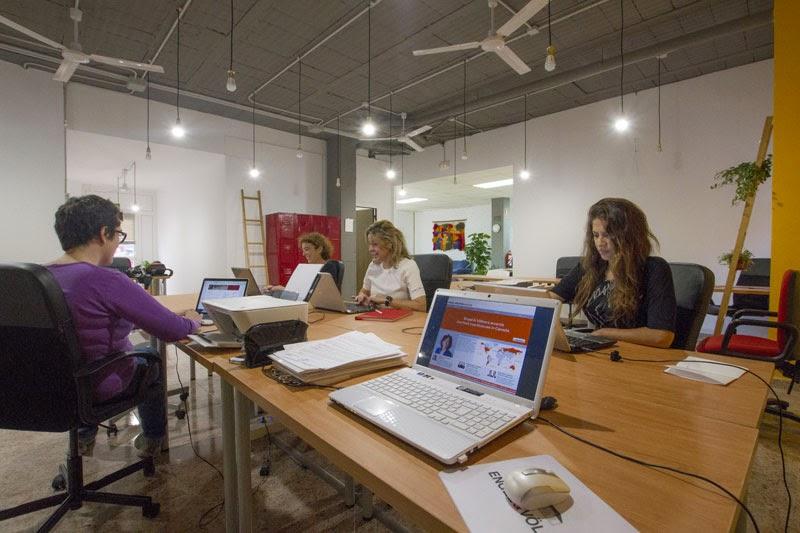 Lo mejor de las rozas el primer espacio de coworking en for Oficina de correos las rozas