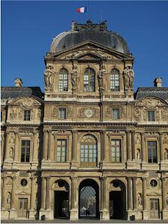 Louvre de París