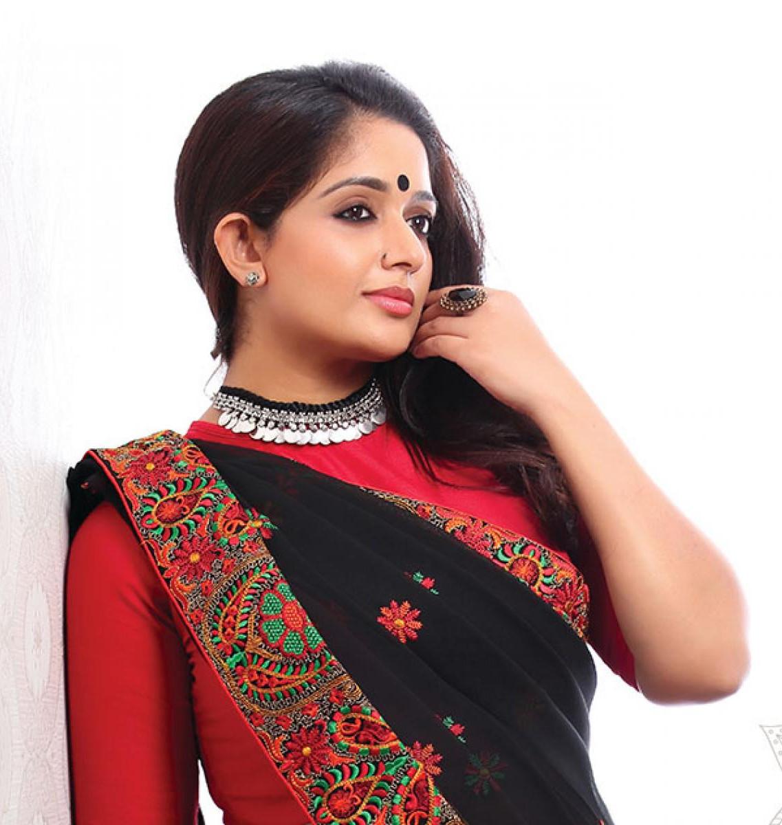 Malayalam Film Actress Kavya Madhavan
