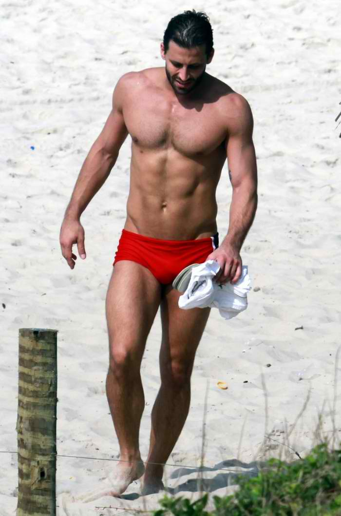 male actors with bulge