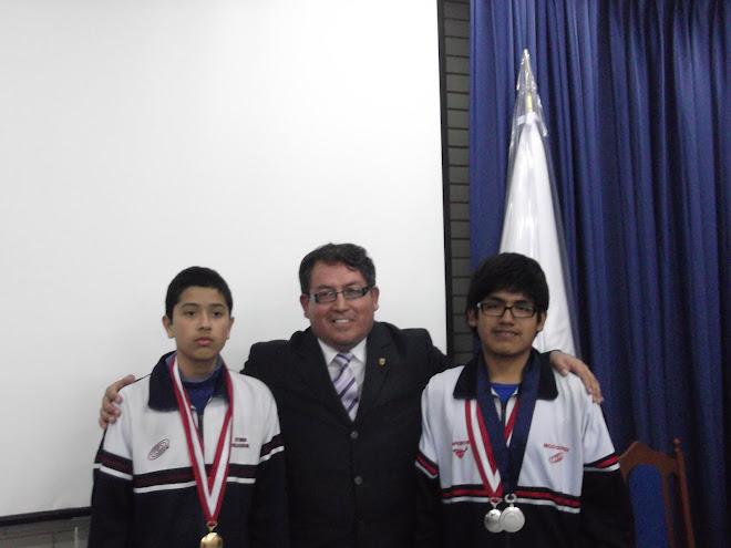 MEDALLA DE ORO Y MEDALLA DE PLATA VII OLIMPIADA PERUANA  DE BIOLOGIA  O.P.B. 2012