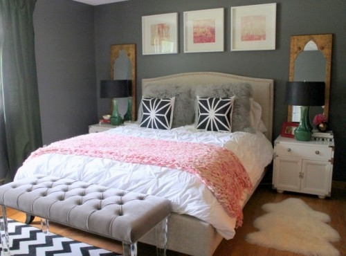 I Am Now Really Liking The Coral In The Photo Above And Picture This Bed  With A Couple Coral Pillows Tossed In The Mix.