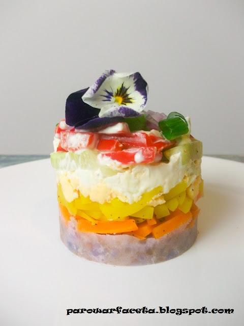 zdrowa sałatka z warzyw na parze