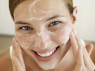 Cara Mambuat Masket Tepung Beras untuk Memutihkan Wajah secara Alami