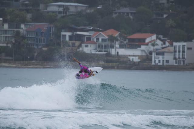julian wilson australian open dia 2 hurley foto owenphoto