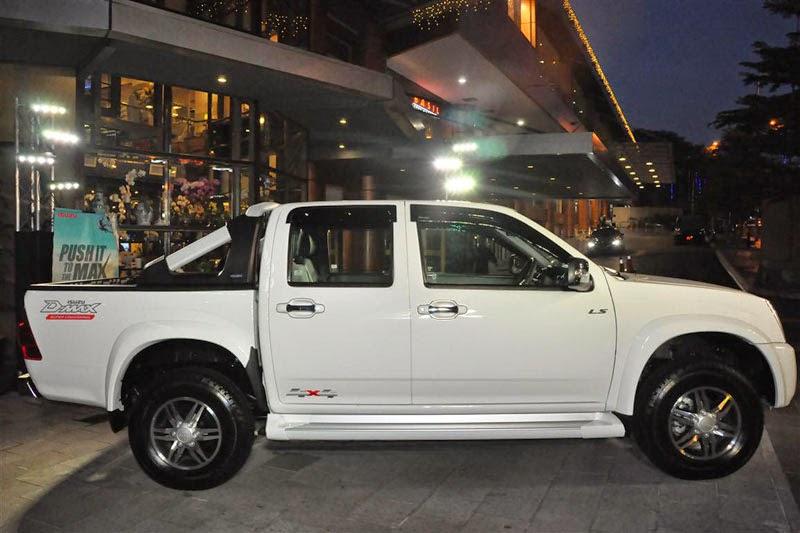 Modifikasi Mobil Isuzu D-Max 2011