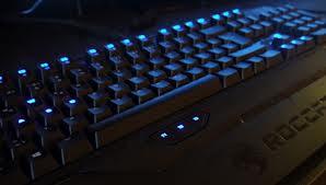 ROCCAT Ryos MK Pro backlits