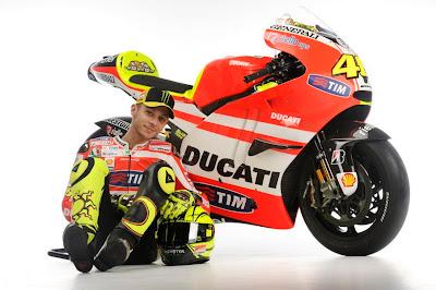 2011 Ducati Desmosedici GP11 Valentino Rossi Photos