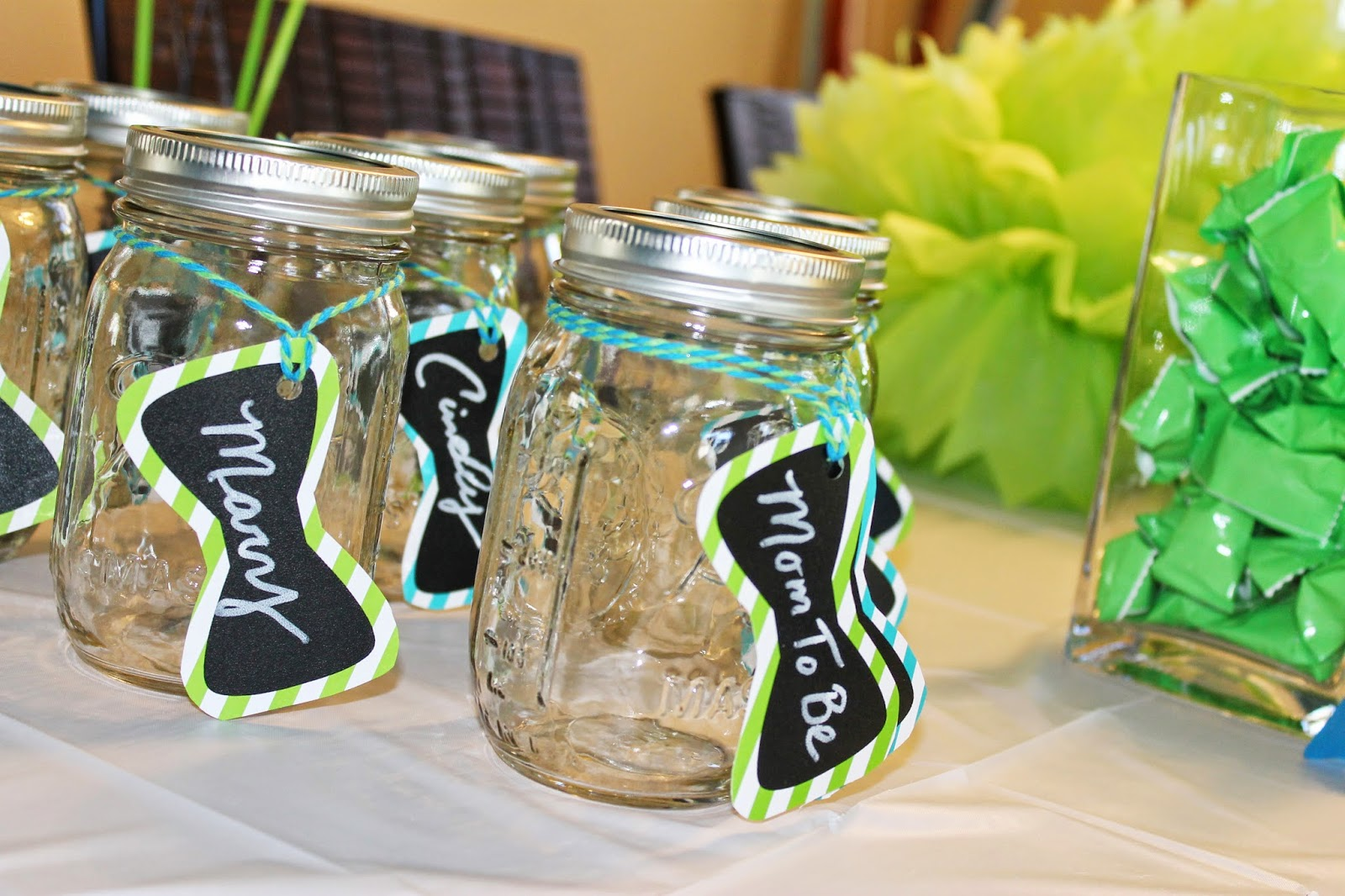 Tiffzippy Baby Shower - Candy bar mason jars