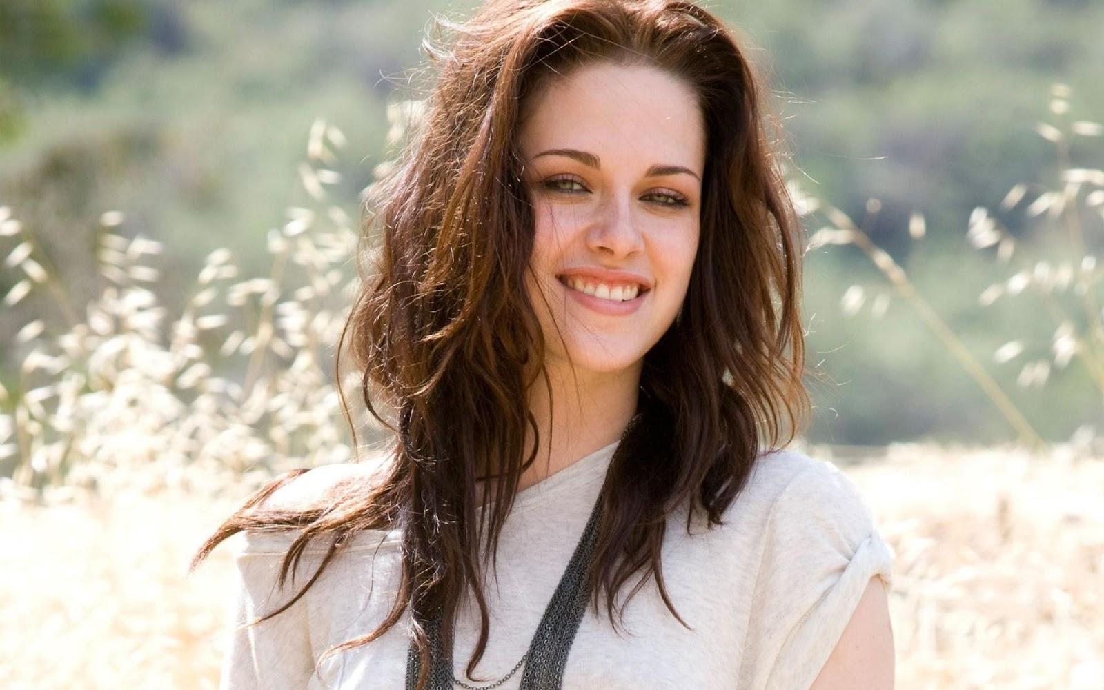 Kristen Stewart High Resolution