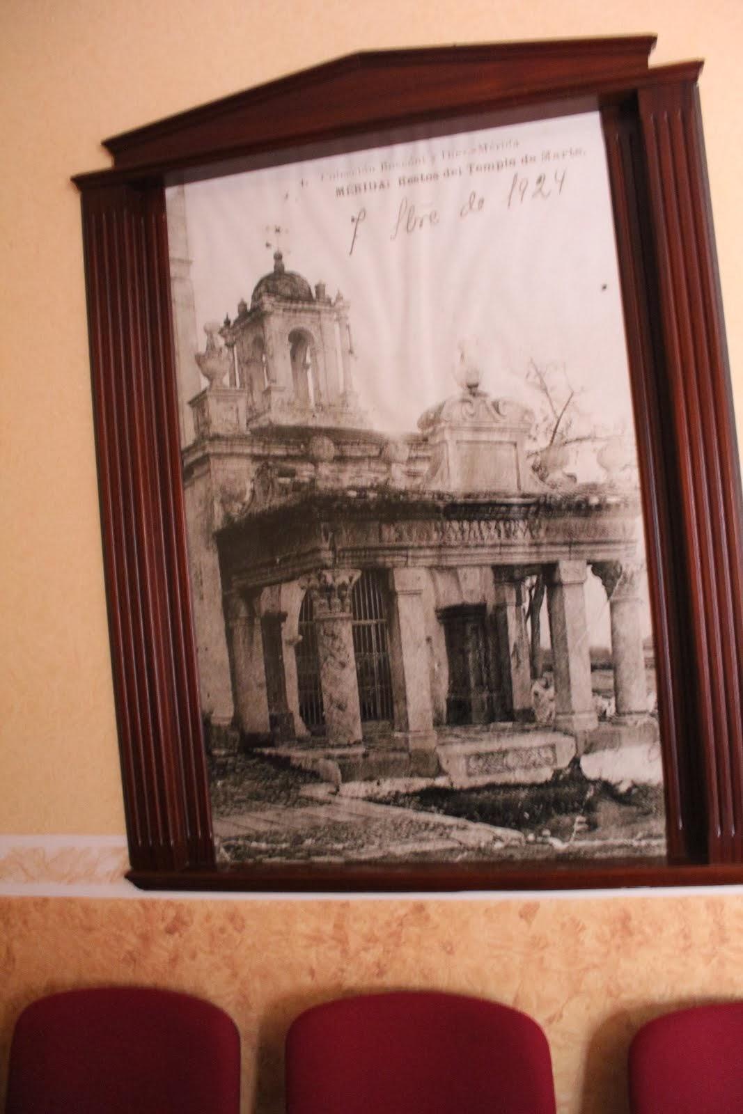 Fotografía de una Fotogradía del Hornito por Boccóni en Casa de la Igflesia.