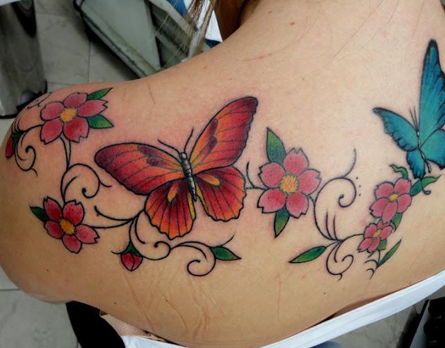 tatuagem flor e borboletas