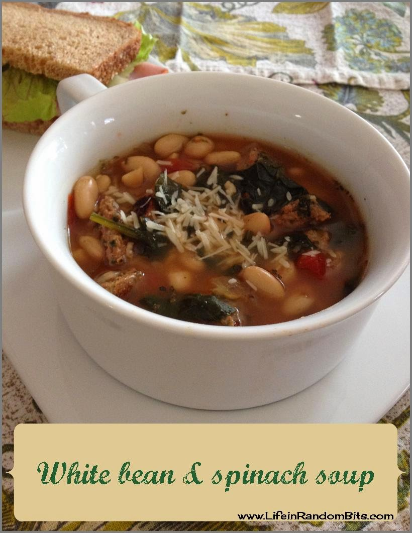 White bean & spinach soup ~ Life in Random Bits #crockpot #soup #weightwatchers