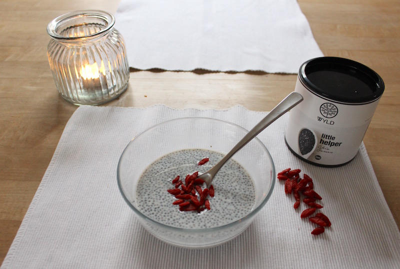 3 easy protein breakfast ideas WYLD Chia Pudding Goji Beeren
