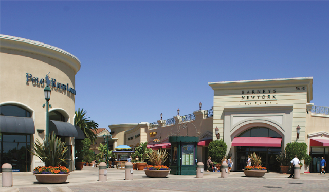Carlsbad Premium Outlets San Diego