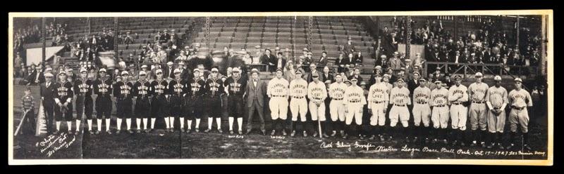 1927 Barnstorming Tour Des Moines, Bustin Babes, Laurapin Lous