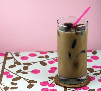 Cubitos de café helado en Recicla Inventa