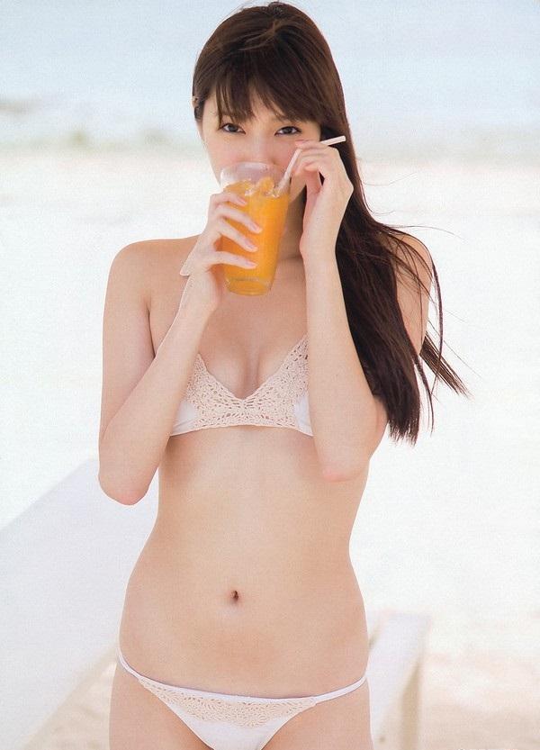 chảy nước với ảnh nóng Yua Shinkawa 10