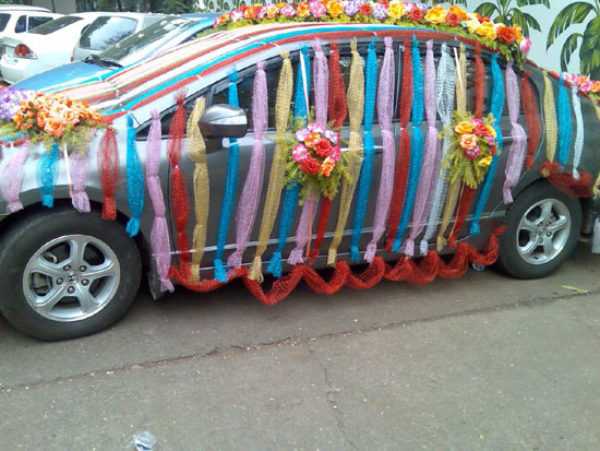 Wdding car decoration 2012 fashion world design for Automobile decoration