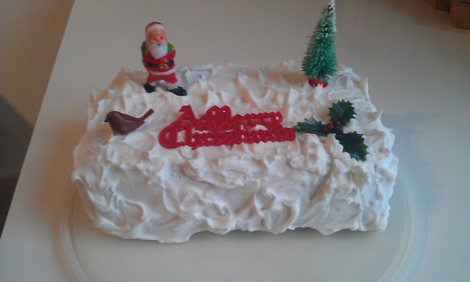 Christmas Cake Leftover Ideas : Fish Finger Sandwich: Leftover Christmas Cake - three ways