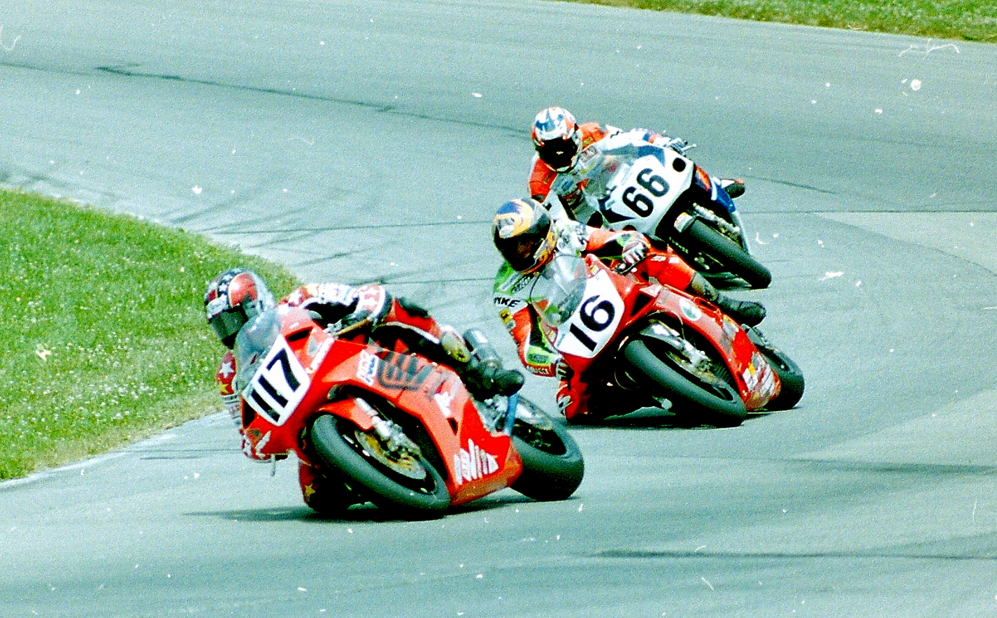 Stu's Shots R Us: AMA Road Racing: Could Mat Mladin Really Be ...