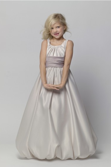 How to Choose Junior Bridesmaid Dresses