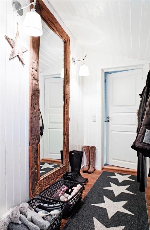 casa escandinava decorada de Navidad