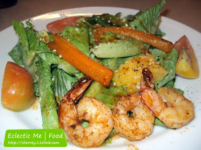 Food and Restaurant Review: Pizza Hut Mango Shrimp Salad