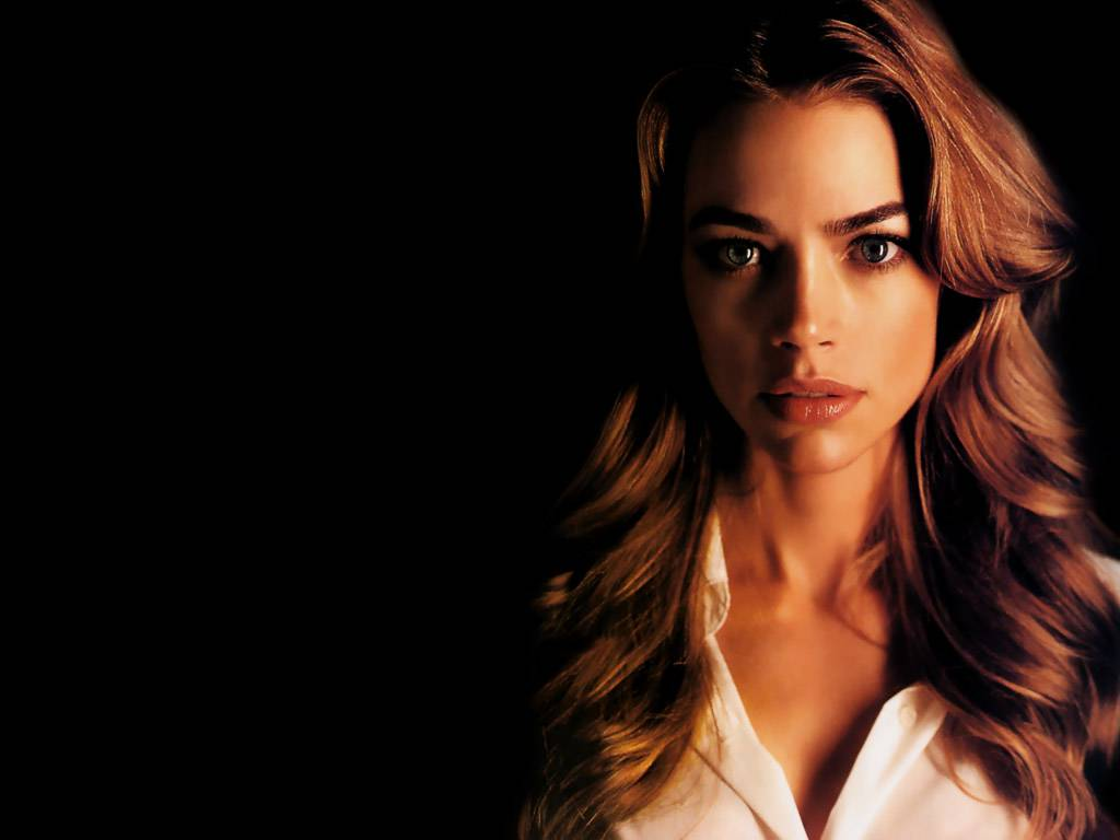 denise richards 1920x1200 wallpapers - photo #2