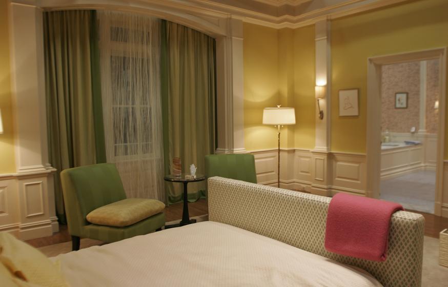 Seaseight design blog tv interior design gossip girl for Blair waldorf bedroom ideas