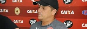 Claudinei Oliveira não é mais técnico do Vitória!