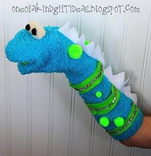 Игрушки из носка на руку