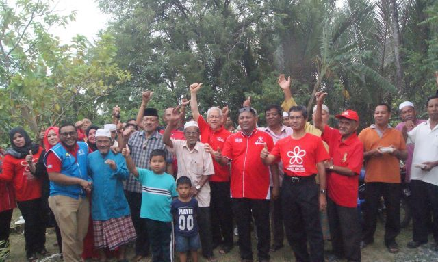 CONGRATS! MORE THAN 1,000 UMNO MEMBERS JOIN IN BERSATU PAKATAN HARAPAN IN PERLIS !!