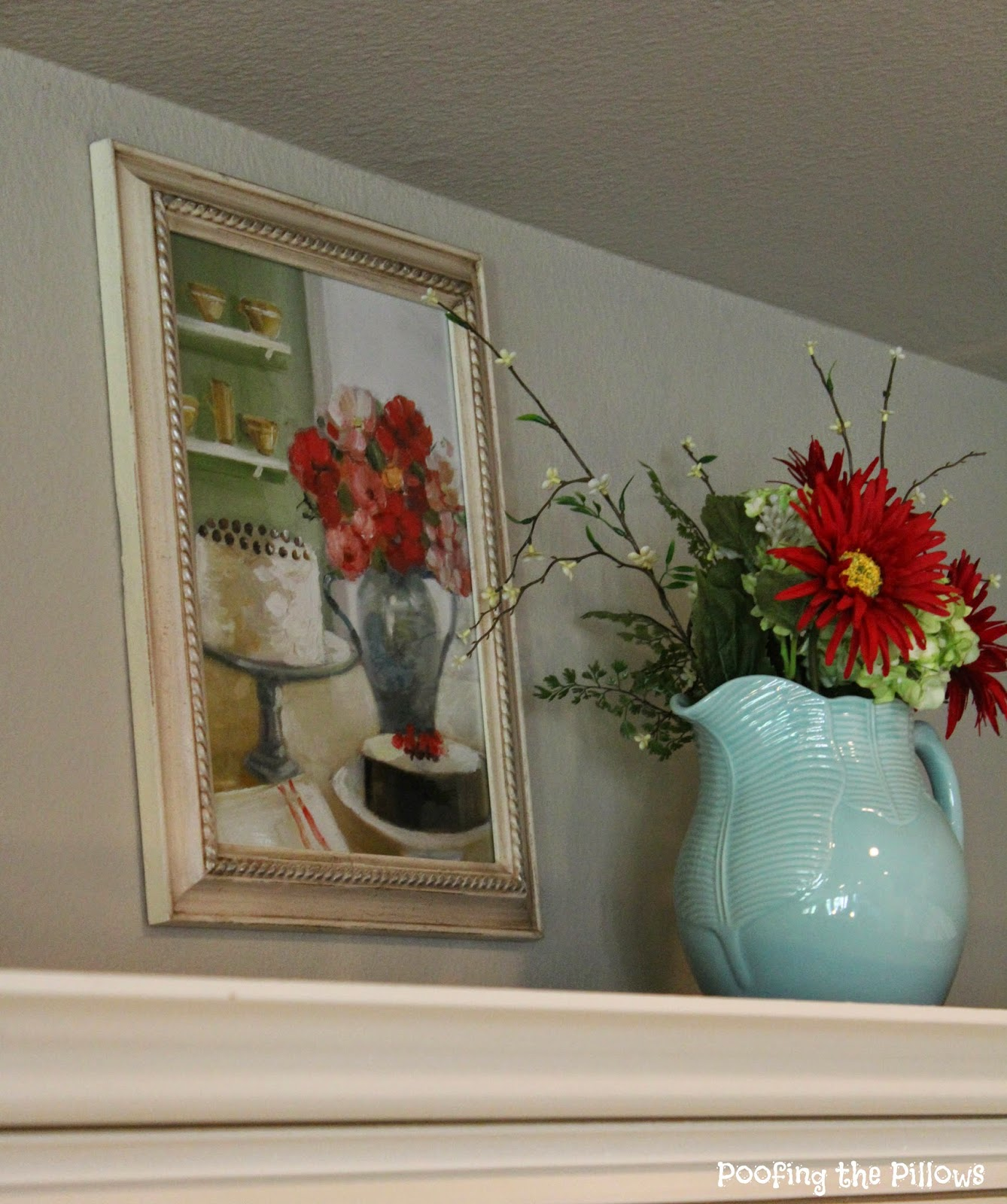 Decorating Above the Kitchen Cabinets