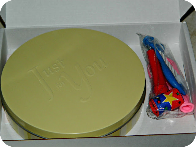 Baker Days Letterbox Cake tin and packaging