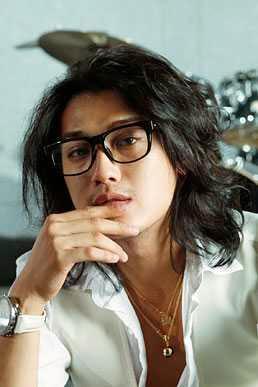 Penyanyi Pria Jepang Jin Akanishi