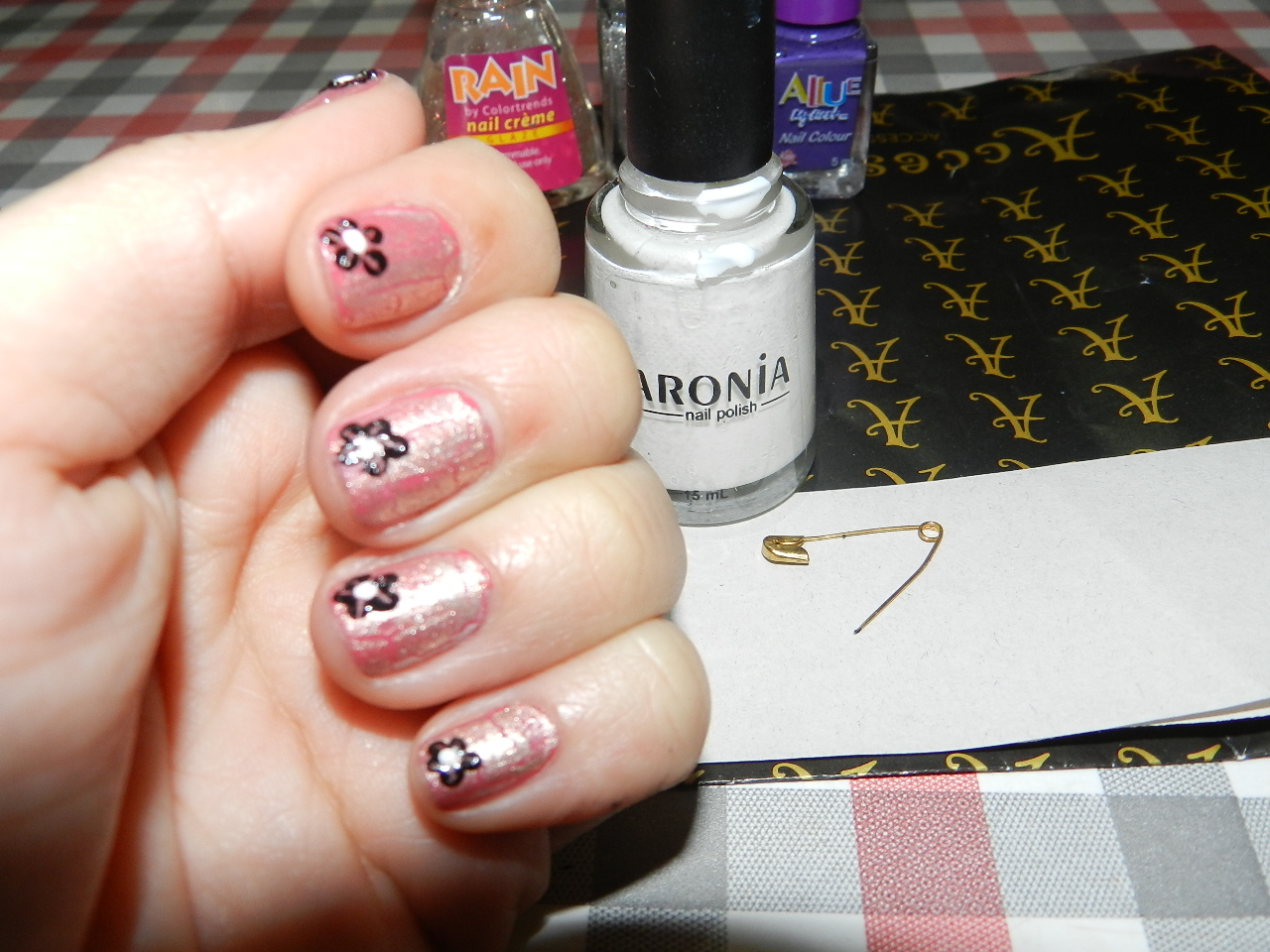 Simple, affordable,chic and fun ideas: Nail art using home made ...