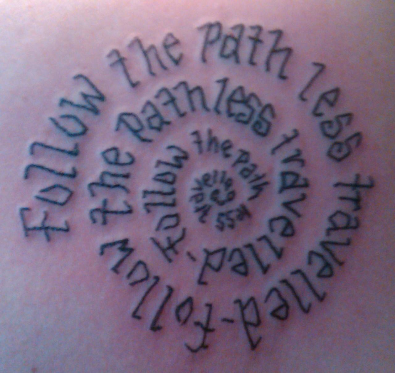 http://3.bp.blogspot.com/-Lsin_OYUSOI/Ta-ecV4h45I/AAAAAAAAAMg/zGL0_Gd7a0c/s1600/tattoo.jpg