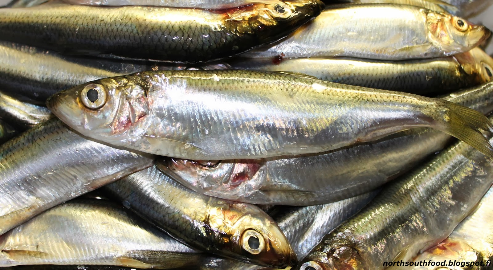 How to clean herring quickly and without bones 67