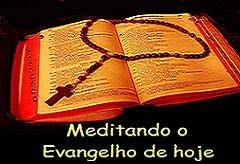 Meditando o Evangelho.