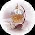 Exposição mostra que história impressa do perfume pode ser lida na Bíblia