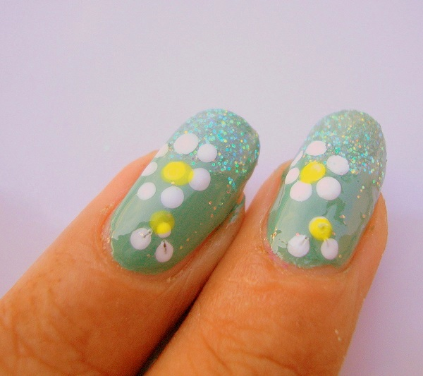 Nail Art Designs For Beginners: Outstanding Nail Art Flower Designs For Beginners