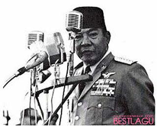 Contoh Pidato on Contoh Naskah Pidato Bahasa Jawa Krama Lengkap 2012    Lokerseni