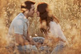 5 Bukti Dia Benar-Benar Mencintaimu